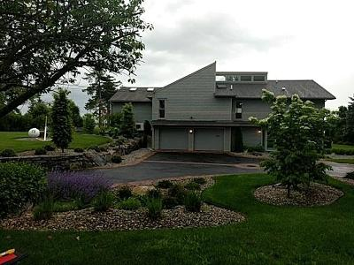 North Kingstown Single Family Home For Sale: 73 Wright Lane