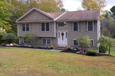 Glocester Single Family Home For Sale: 220 Sandy Brook Rd