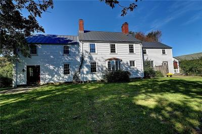 North Kingstown Single Family Home For Sale: 2595 Tower Hill Rd
