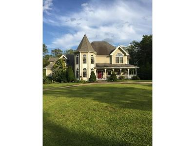 Glocester Single Family Home For Sale: 43 Teaberry Dr