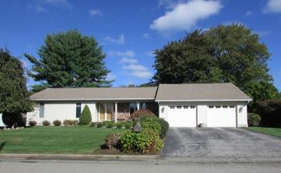 North Providence Single Family Home For Sale: 32 Red Cedar Lane