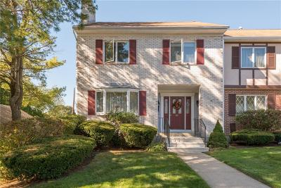 Cumberland Condo/Townhouse For Sale: 2970 Mendon Rd, Unit#97 #97