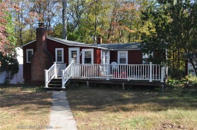 Burrillville Single Family Home For Sale: 45 Lakeview Ter
