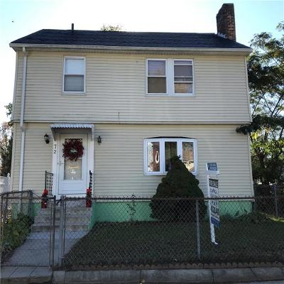 Single Family Home Sold: 72 Carr St
