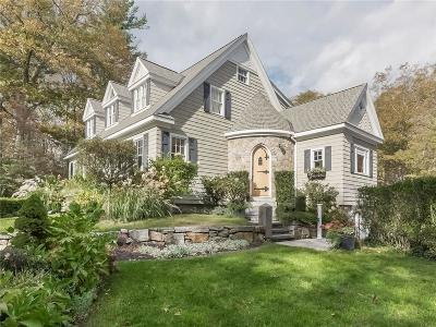 Glocester Single Family Home For Sale: 286 Huntinghouse Rd