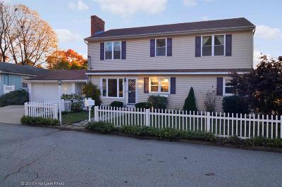 North Providence Single Family Home For Sale: 4 Cora St