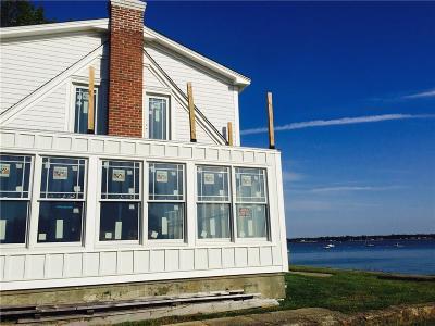 Warwick Single Family Home For Sale: 150 Beachwood Dr