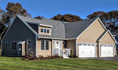 North Kingstown Condo/Townhouse Act Und Contract: 127 Fox Hollow Rd