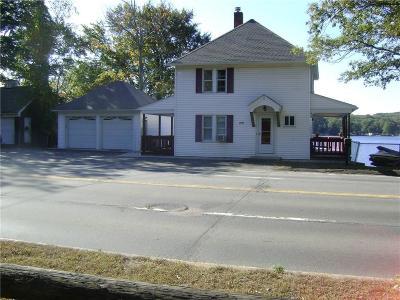 Johnston Single Family Home For Sale: 2348 Hartford Av