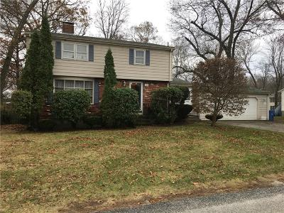 Cumberland Single Family Home For Sale: 150 Carlson Dr