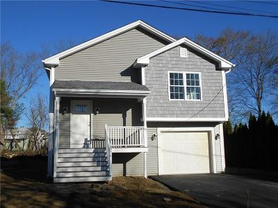 Woonsocket Single Family Home For Sale: 15 Ruby St