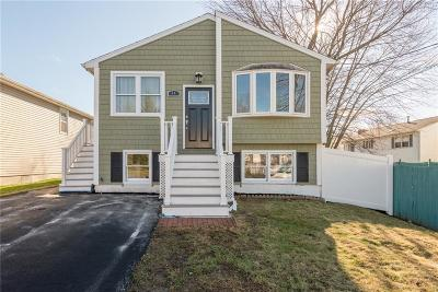 Cumberland Single Family Home For Sale: 44 Ballou St