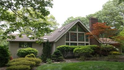 East Greenwich Single Family Home For Sale: 40 Moosehorn Rd