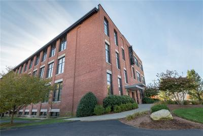 Woonsocket Condo/Townhouse For Sale: 685 Social St, Unit#302 #302