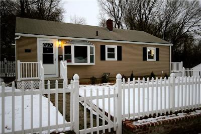 Woonsocket Single Family Home For Sale: 67 Gadoury Blvd