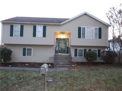 Woonsocket Single Family Home Act Und Contract: 77 Tache St
