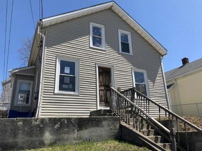Central Falls Single Family Home For Sale: 81 Washington St
