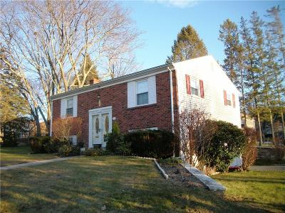 Woonsocket Single Family Home Act Und Contract: 171 Grandview Av