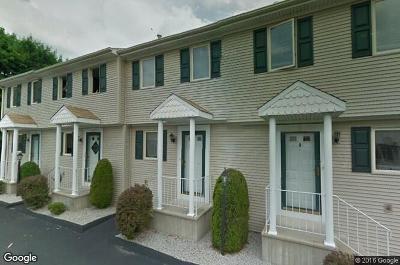 Cranston Condo/Townhouse For Sale: 165 Holland St, Unit#16 #16