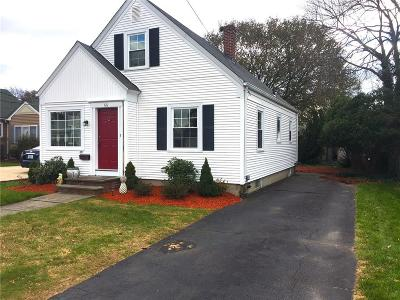Cranston Single Family Home For Sale: 66 Garland St