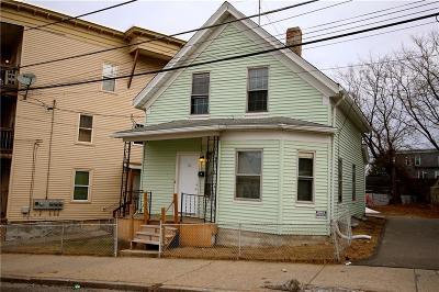 Woonsocket Single Family Home For Sale: 31 Bennett St