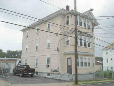Pawtucket Multi Family Home For Sale: 98 - 100 Lorraine St
