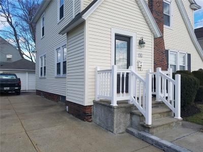 Cranston Single Family Home For Sale: 91 Calaman St