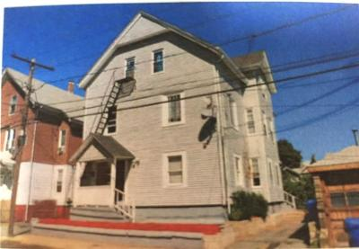 Pawtucket Multi Family Home For Sale: 27 - 29 Hawes St