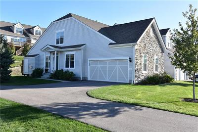 South Kingstown Condo/Townhouse For Sale: 66 Camden Ct, Unit#66 #66