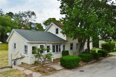 Charlestown RI Single Family Home For Sale: $159,000