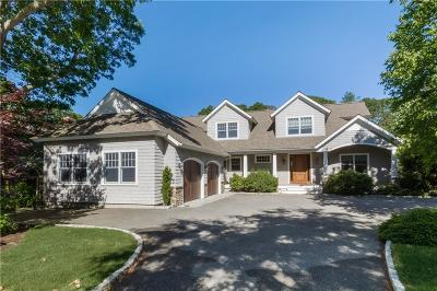 North Kingstown Single Family Home For Sale: 47 Lands End Dr