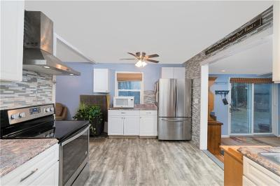 Scituate Single Family Home For Sale: 16 Charles Harpin Rd