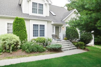 East Greenwich Condo/Townhouse For Sale: 280 Sanctuary Dr