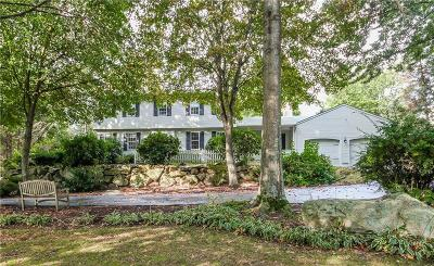 East Greenwich Single Family Home For Sale: 65 Adirondack Dr