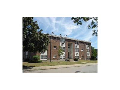 Pawtucket Condo/Townhouse For Sale: 50 Carnation St, Unit#7 #7