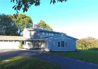 North Kingstown Single Family Home For Sale: 80 Highland Rd
