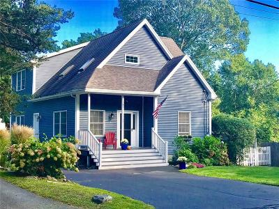 South Kingstown Single Family Home For Sale: 785 Middlebridge Road Rd