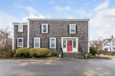 Newport Condo/Townhouse Act Und Contract: 36 Kay St, Unit#3 #3