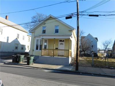Providence Single Family Home For Sale: 134 Houston St