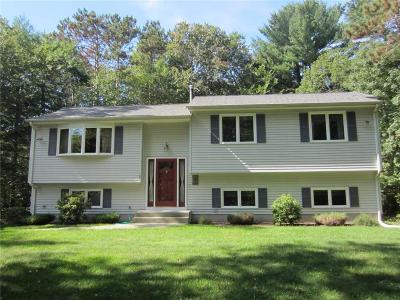 Coventry Single Family Home For Sale: 120 Abbotts Xing