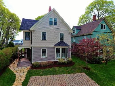 North Kingstown Single Family Home For Sale: 18 Bay St