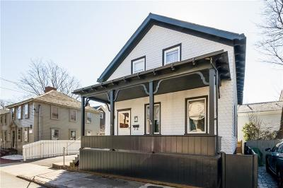 Newport Single Family Home For Sale: 32 Walnut St