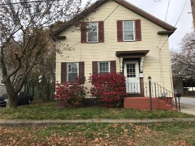 Warwick Single Family Home For Sale: 71 Cottage St