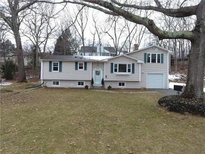 East Greenwich Single Family Home Act Und Contract: 9 Taylor Cir