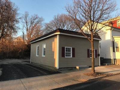 Providence Single Family Home For Sale: 32 Ledge St