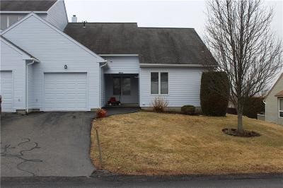 North Providence Condo/Townhouse For Sale: 90 Nipmuc Trl, Unit#d #D