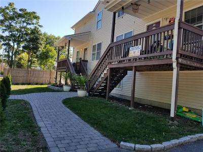 Providence RI Multi Family Home For Sale: $325,000