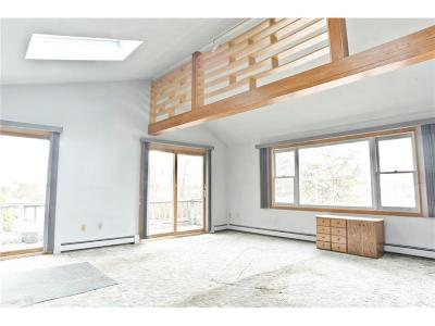Portsmouth Single Family Home For Sale: 319 Point Rd