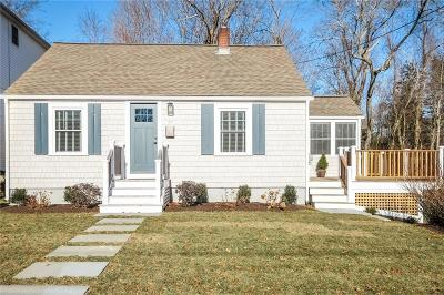 South Kingstown Single Family Home Act Und Contract: 44 Liberty St