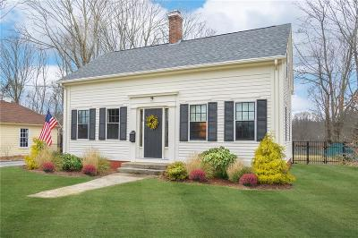 North Kingstown Single Family Home For Sale: 10 Elam St